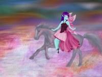 Zur Entstehung: Der Hintergrund ist ein Fotoexperiment. Pferd und Elfe sind zwei alte Zeichnungen, die ich angepasst habe in Größe, Farbe und Form. Dann hab ich ihnen Bewegungsunschärfe verliehen und das Gesicht der Elfe nochmal scharf drüber gelegt...